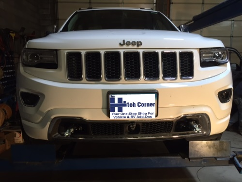 Blue Ox Base Plate Mounted to Jeep Grand Cherokee With Tabs